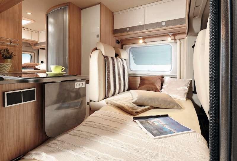 quel fourgon choisir pour am nager u car 33. Black Bedroom Furniture Sets. Home Design Ideas