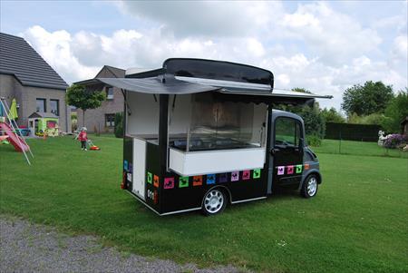 aixam mega food truck occasion u car 33. Black Bedroom Furniture Sets. Home Design Ideas