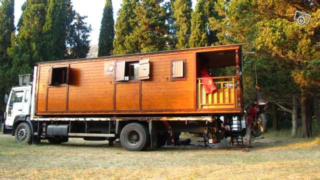 camion et roulotte a vendre u car 33. Black Bedroom Furniture Sets. Home Design Ideas