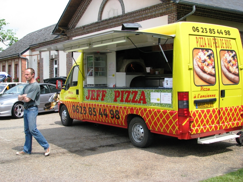camion pizza neuf tarif u car 33. Black Bedroom Furniture Sets. Home Design Ideas