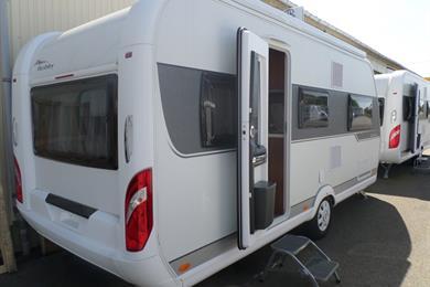 tarif caravane hobby u car 33. Black Bedroom Furniture Sets. Home Design Ideas
