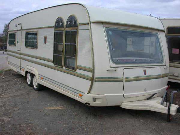 caravane tabbert u car 33. Black Bedroom Furniture Sets. Home Design Ideas
