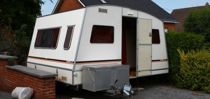 caravane pliante rigide rapido confort matic u car 33. Black Bedroom Furniture Sets. Home Design Ideas