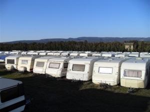gardiennage caravane u car 33. Black Bedroom Furniture Sets. Home Design Ideas