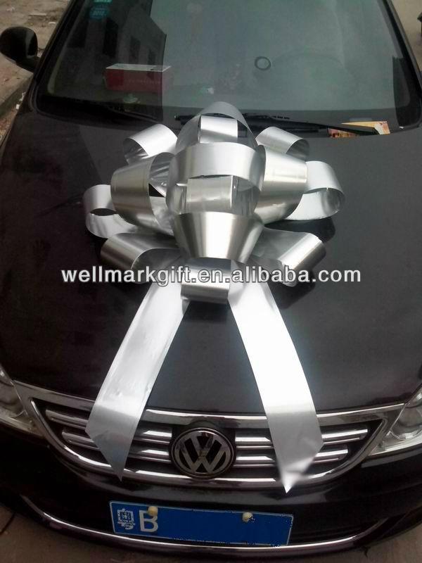 gros noeud cadeau voiture