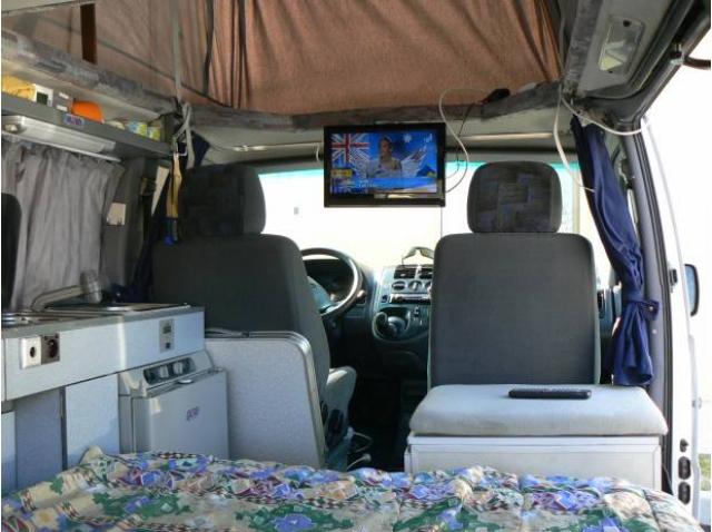 amenagement fourgon en camping car pas cher u car 33. Black Bedroom Furniture Sets. Home Design Ideas