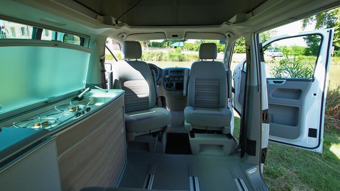 fourgon 4 places u car 33. Black Bedroom Furniture Sets. Home Design Ideas