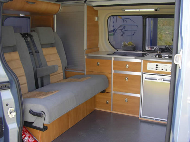 renault trafic am nag u car 33. Black Bedroom Furniture Sets. Home Design Ideas