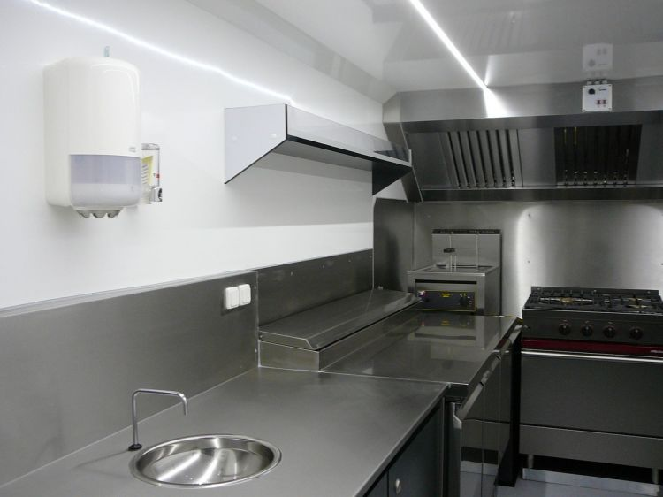 Camion A Louer >> Food truck amenagement - u car 33