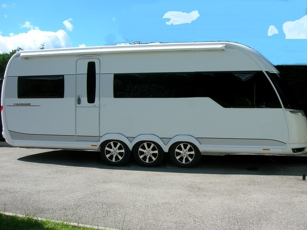 caravane 2 essieux occasion u car 33. Black Bedroom Furniture Sets. Home Design Ideas