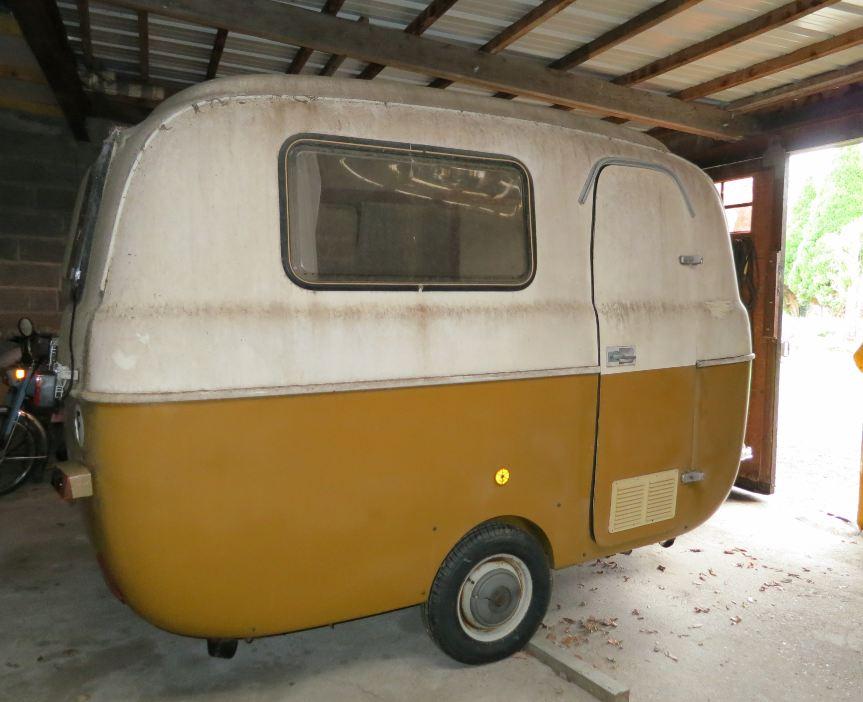 petites caravanes occasion u car 33. Black Bedroom Furniture Sets. Home Design Ideas