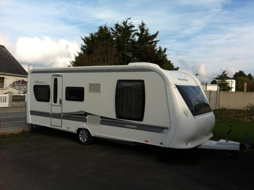 hivernage caravane 44 u car 33. Black Bedroom Furniture Sets. Home Design Ideas