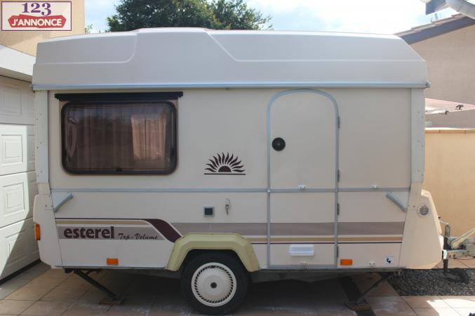 prix caravane pliante rigide neuve u car 33. Black Bedroom Furniture Sets. Home Design Ideas