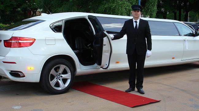 location voiture limousine pour mariage u car 33. Black Bedroom Furniture Sets. Home Design Ideas